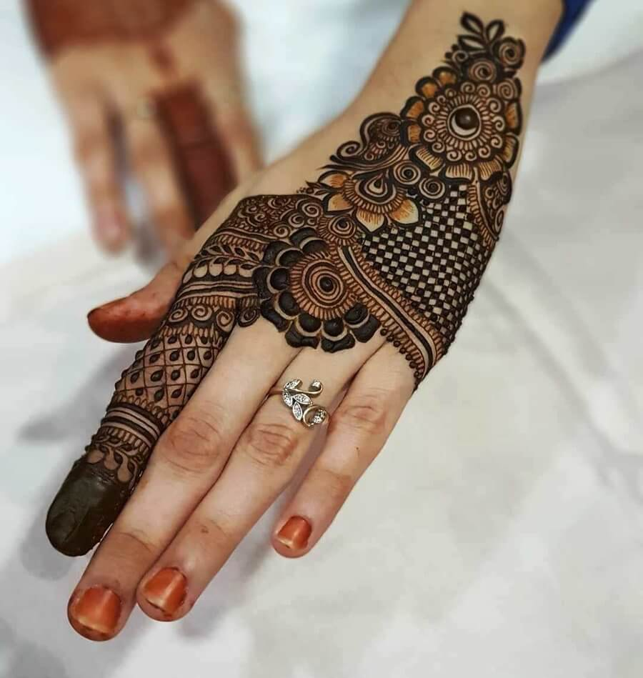 Back Hand Mehndi Design Flower
