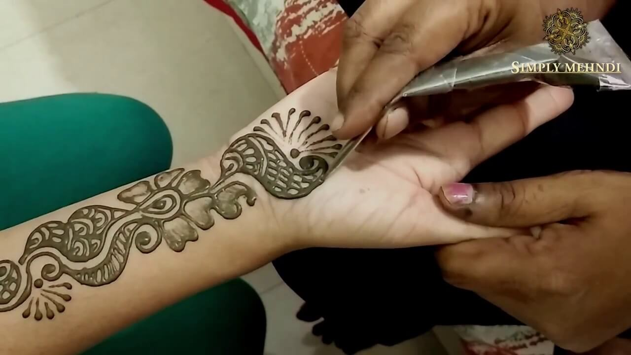 Best Mehndi Designs for Full Hands