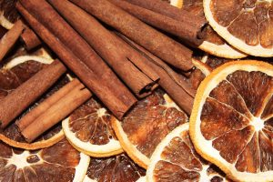 cinnamon for stomach pain