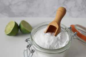 How to Whiten Your Teeth With Baking Soda at Home